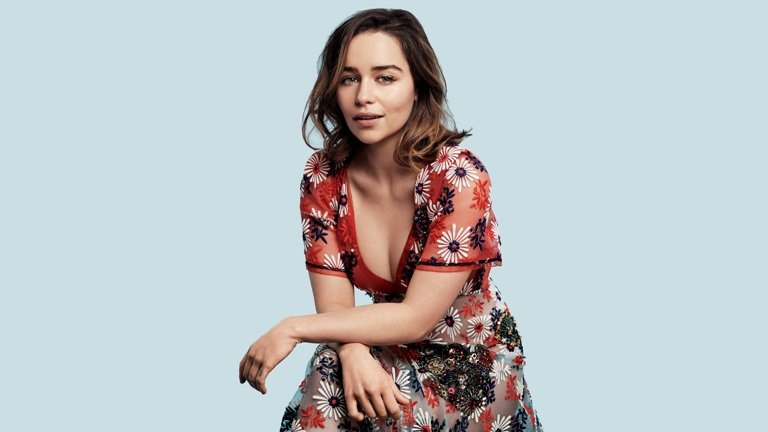 Emilia Clarke Husband, Dating, Boyfriend, Body, Height, Brother, Other Facts
