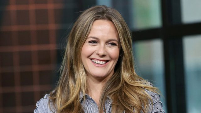 Alicia Silverstone – Age, Husband & Kids, Where Is She Now?