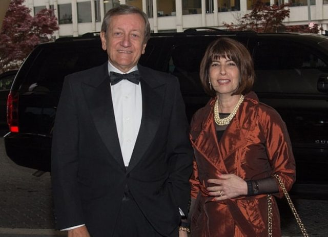 Brian Ross Biography, Wife Lucinda Sanman & Net Worth