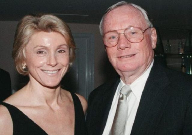 Carol Held Knight Biography & Facts About Neil Armstrong's Wife
