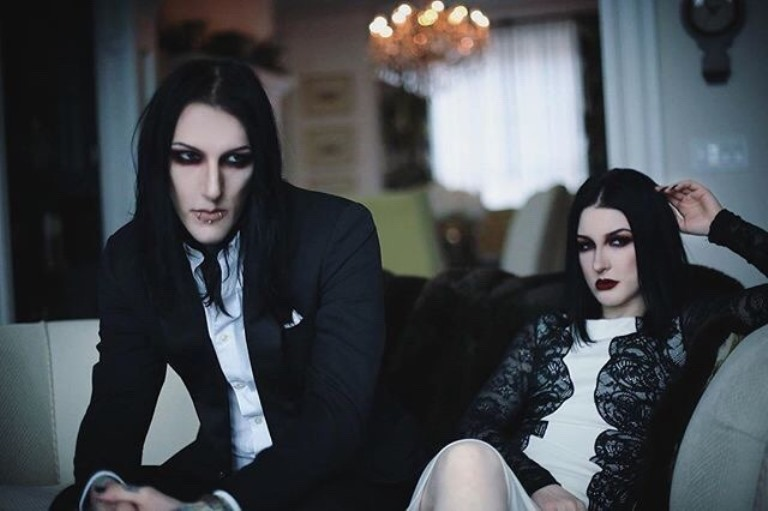 Chris Motionless (Chris Cerulli) Bio, Wife or Girlfriend and Family of The Musician