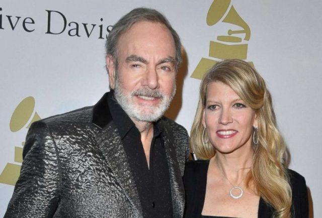 Katie Mcneil Biography & Facts About Neil Diamond's Wife