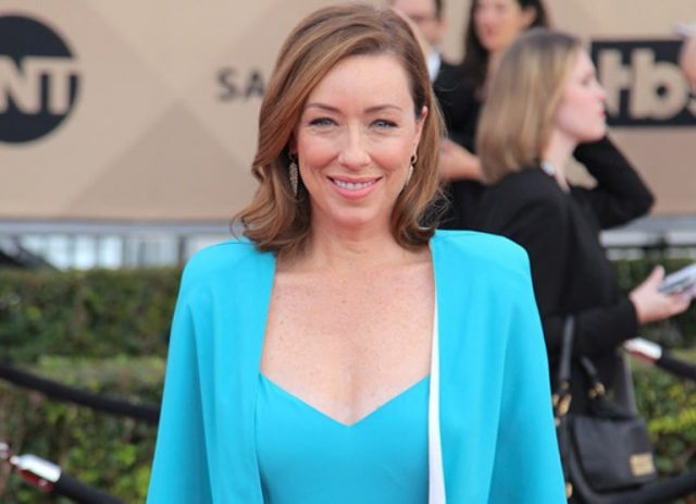 Molly Parker Facts, Childhood and Life Achievements