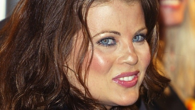 Yasmine Bleeth Childhood, Family and All You Need To Know