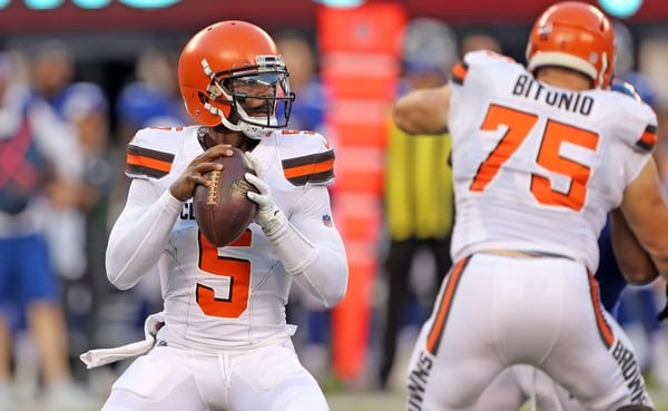 Tyrod Taylor Biography, Career Stats, Injury Updates, Salary, Age, Height