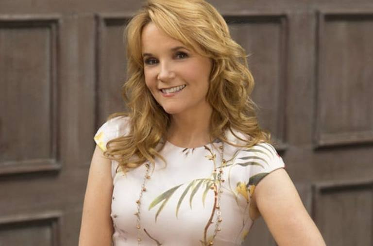 Lea Thompson Bio, Daughter, Age, Height, Net Worth and Husband