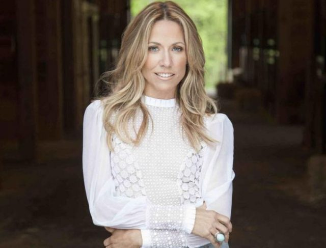 Sheryl Crow Net Worth, Who Is She Married To, How Much Does She Make?